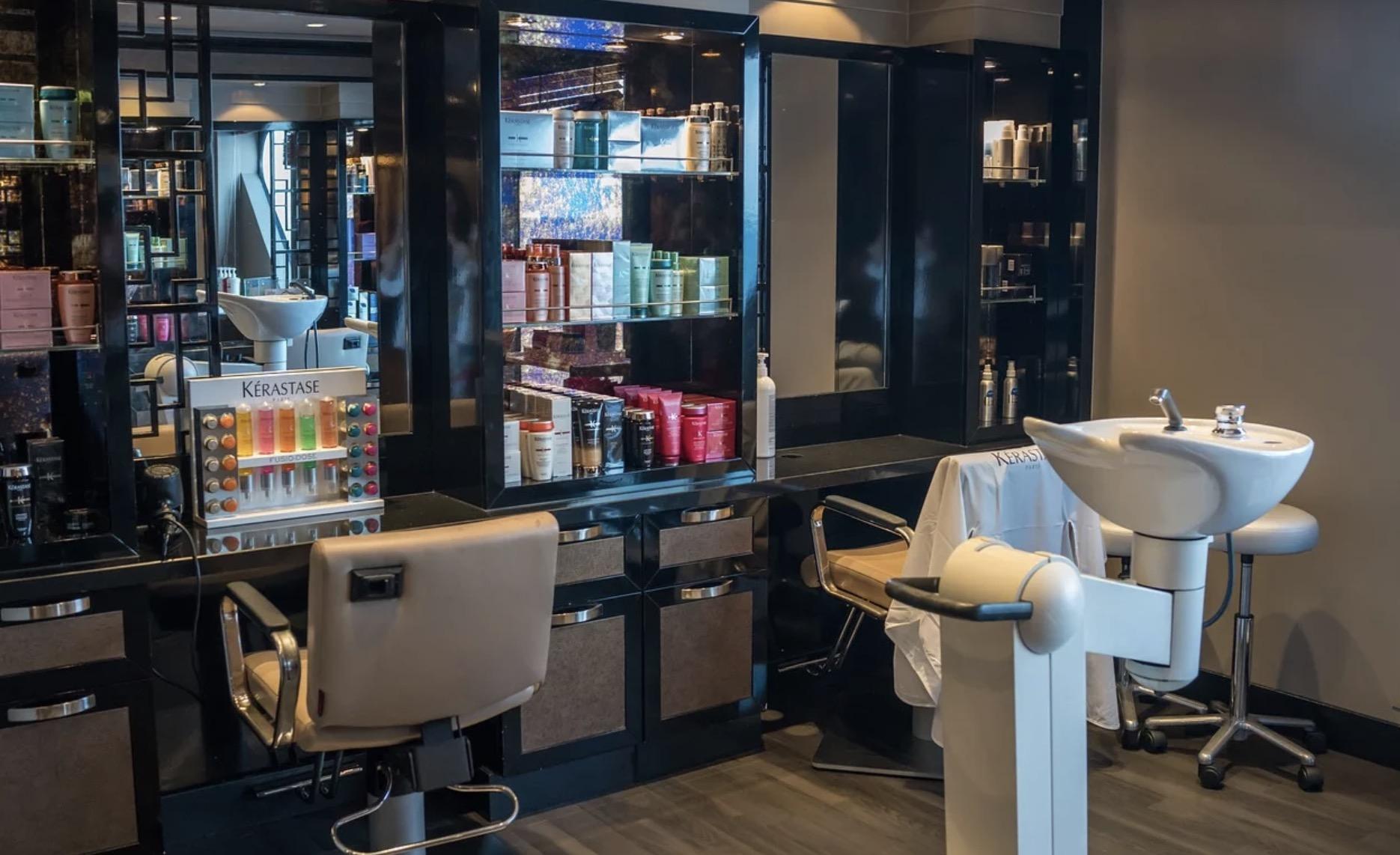 Mobilier de coiffure italien