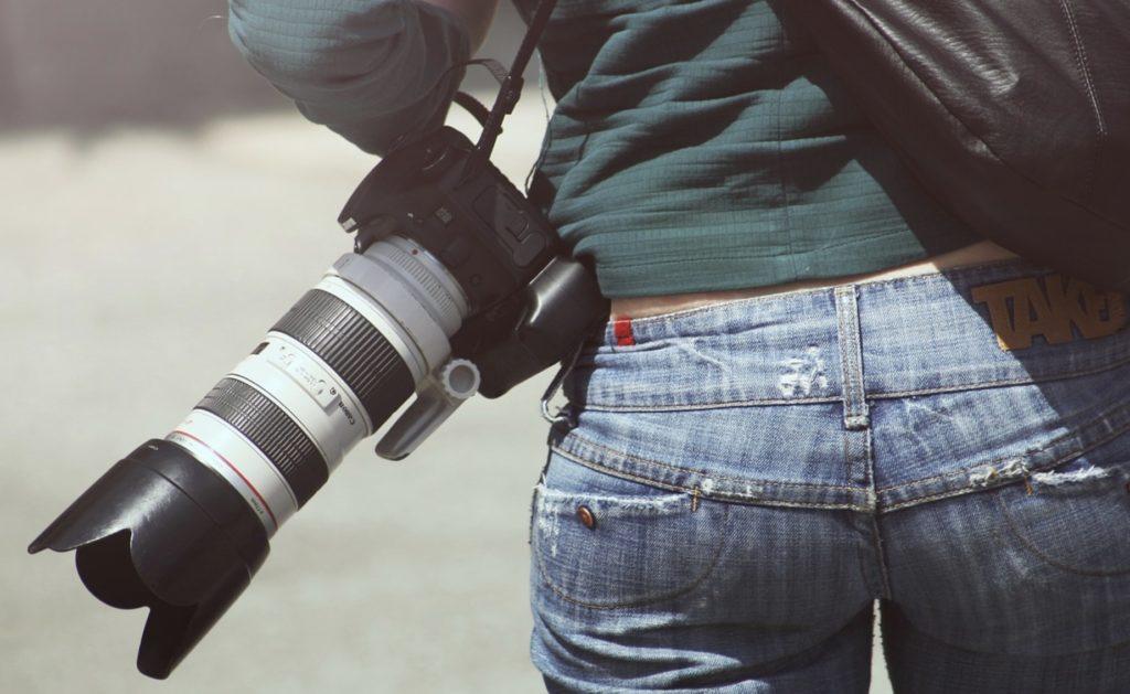 Des jeans et des fesses