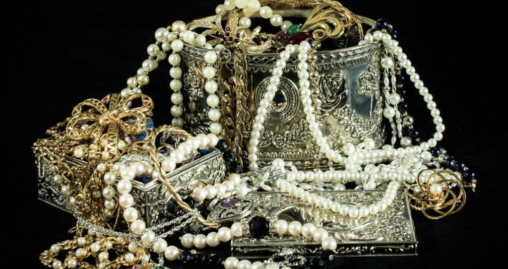 Des bijoux
