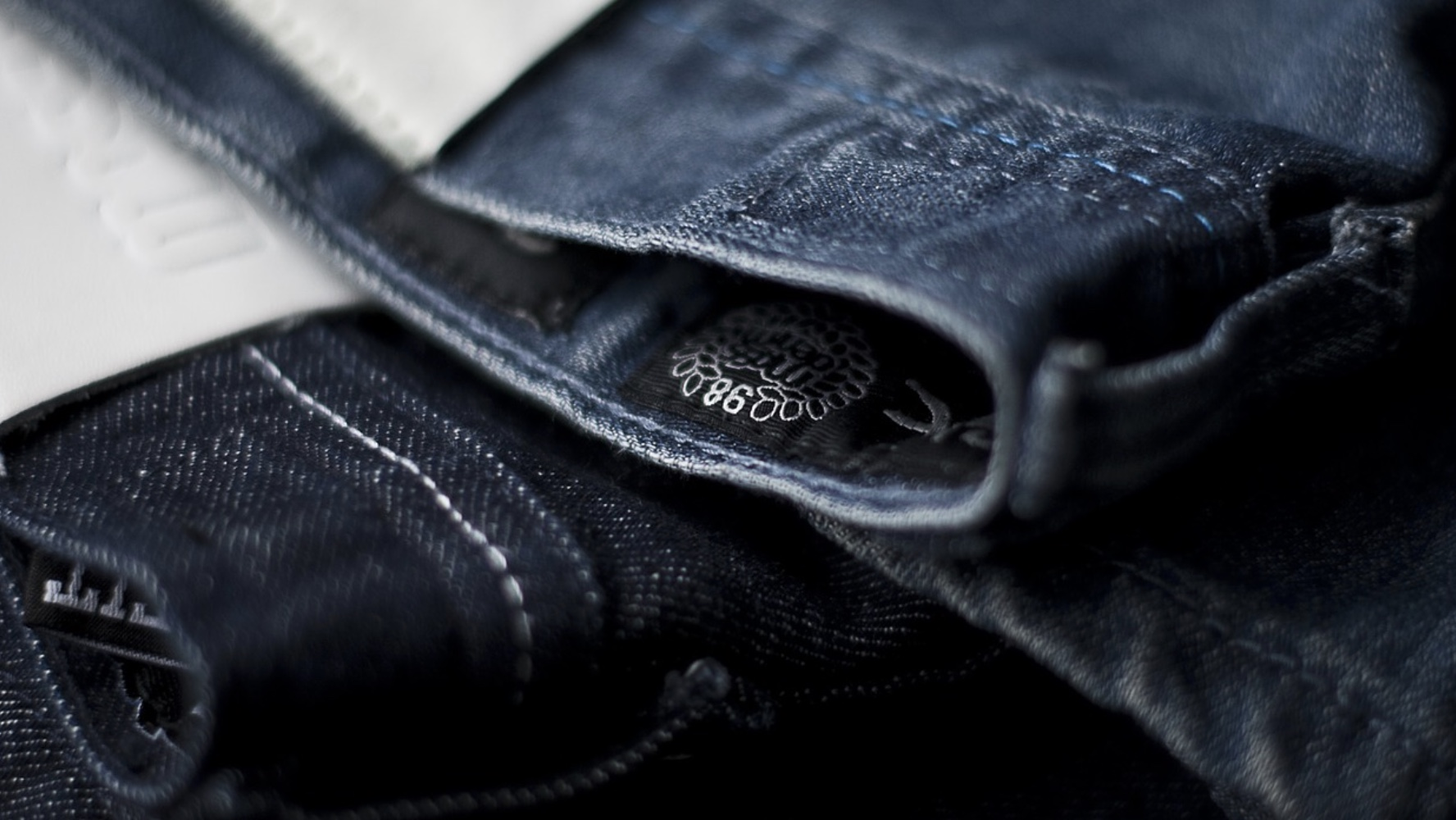 Étiquette vêtements